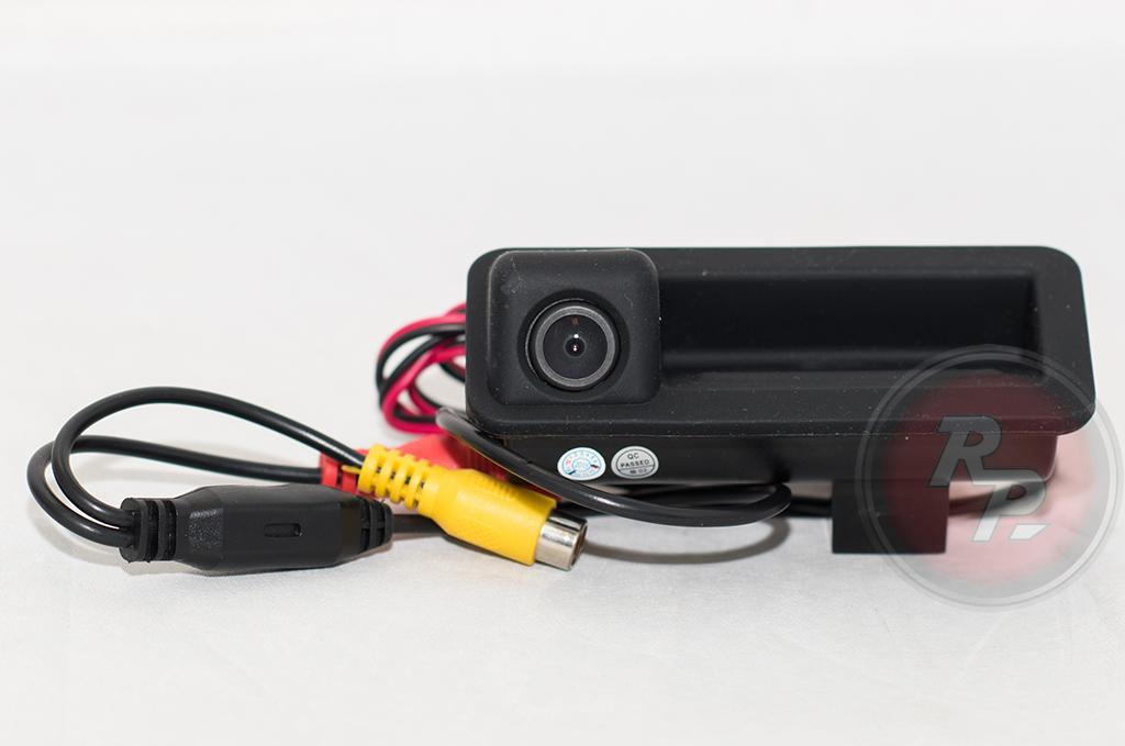 9595)Камера заднего вида в ручке багажника Land Rover Discovery, Freelander, Range Rover Sport