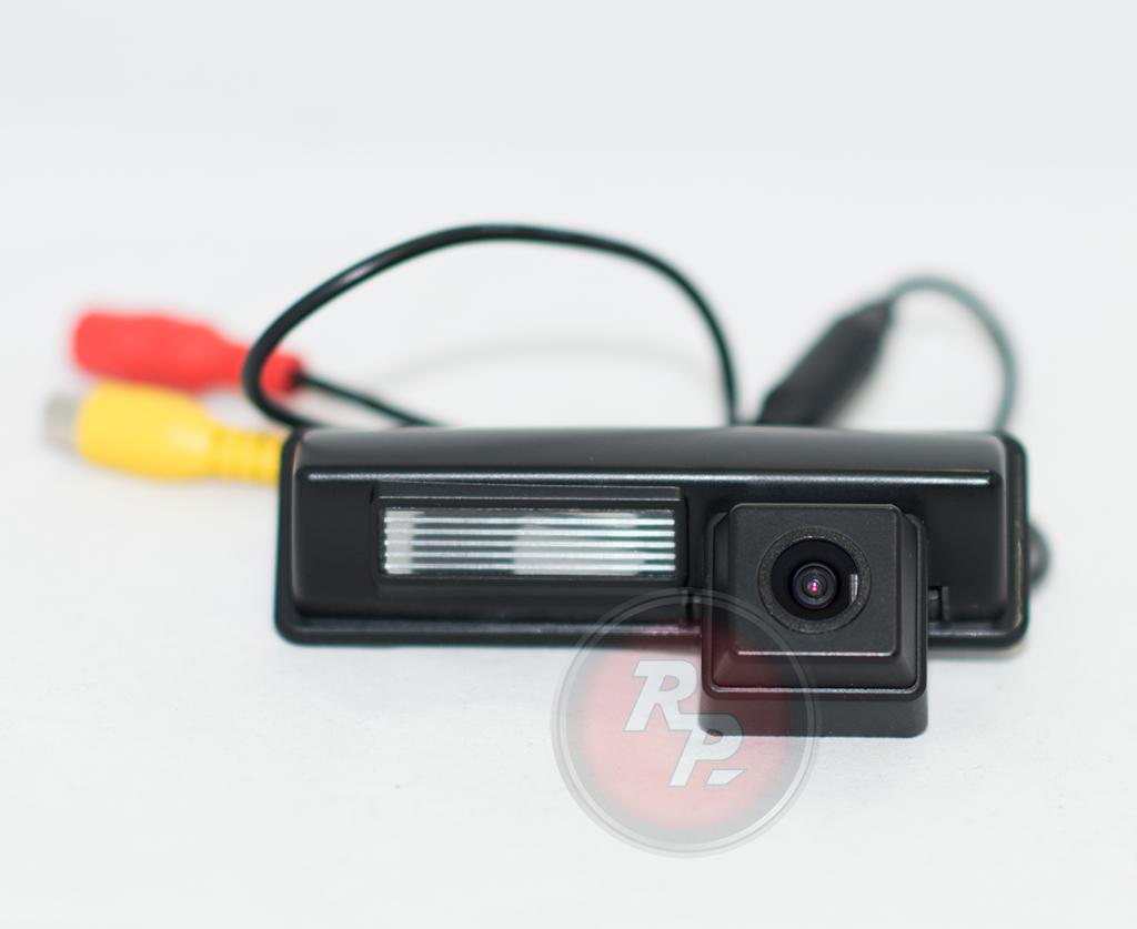 9587)Камера заднего вида Redpower Toyota Camry V40 (2010-11)