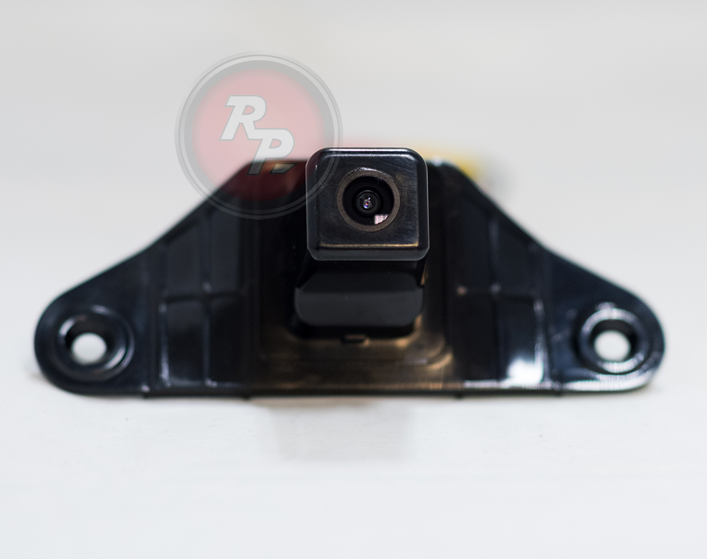 9588)Камера заднего вида Redpower Toyota LC 150 (2010+)