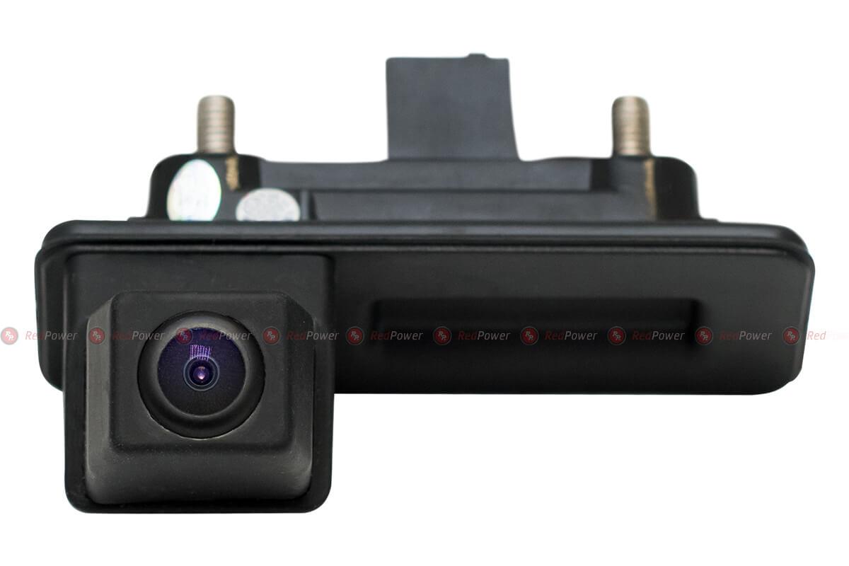 9600)Камера заднего вида в ручке багажника Superb, кузов B6 (2008-2015)