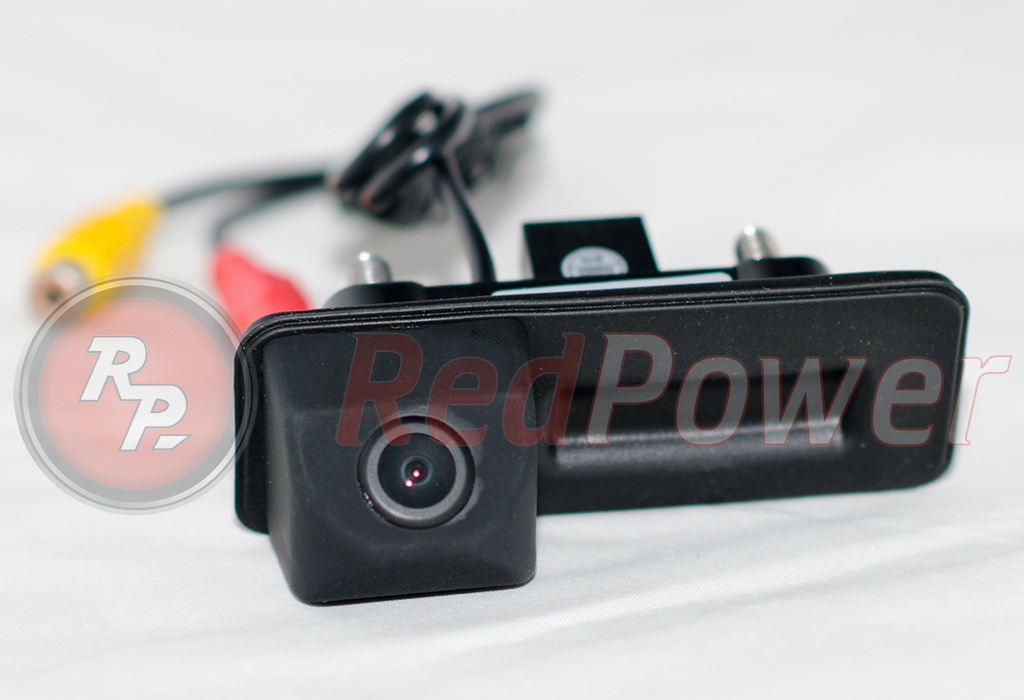 9590)Камера заднего вида в ручке багажника Audi A1 (10-15), Skoda Octavia A5,Fabia (07-14)и т.д.